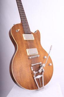 Isaak Guitars Lyrebird