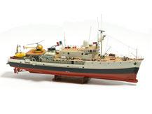 Modell-Baukasten des französischem Forschungsschiffs Calypso von der Firma Krick,  Billing Boat  BB0560