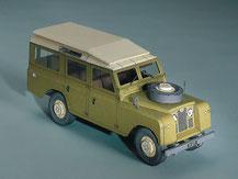 72600, Land Rover 109  grün ,  Schreiber-Bogen Kartonmodell im Maßstab 1:24