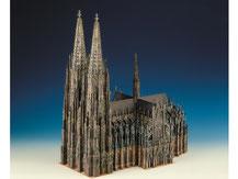655,  Kölner Dom,  Kartonmodell im Maßstab 1:300