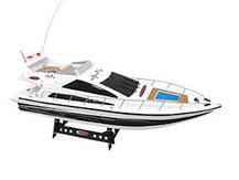 weiße Fahrfertige Yacht von Jamara, 040380