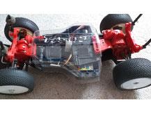Glasklare Regenabdeckungen von Modellbau Kroh für das TAMIYA TA-02 Chassis