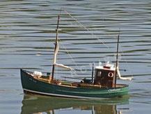 ARR Fischerboot von Carson,  grün-braun, fast fertig Modell, 500106003