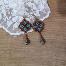 Boucles d'oreille pour femme avec perles turquoise et corail