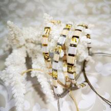 Bracelet perles tila plaqué or/camaïeu nude de Aux-Dames-de-Jadis