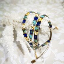 Bracelet perles tila plaqué or/camaïeu marine/turquoise de Aux-Dames-de-Jadis