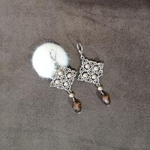 Boucles d'oreille pendantes pour femme avec perles de Majorque