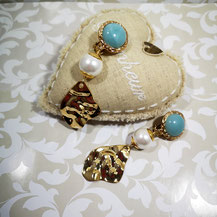 Boucles d'oreille clips turquoise Majorque sur or