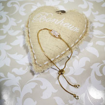 Les nouvelles versions de bracelets dorés