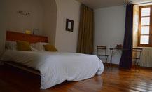 La habitación Pivoine, que se encuentra en la planta baja