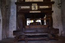 Eine der historischen Weinpressen aus dem 16. Jahrhundert