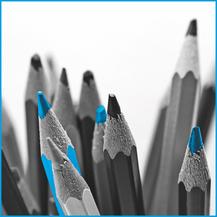 Papeterie-, Büro- oder Schulzubehör verkaufen wir unter paperia by Köhler im Zürcher Oberland oder Liechtenstein. Nützliches wie Radiergummi, Farbstifte, Geschenkpapier oder Kugelschreiber gibt es auch bei Apodro Apotheken Drogerien zu kaufen.