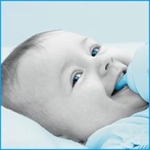 Die Empfängnis eines Kindes oder auch die Schwangerschaft kann bei Frauen Fragen aufwerfen. Die Apothekerin erklärt die Fragen rund um Eltern und Kind. Stillen, Milchstau oder Brustwarzenentzündungen können nach der Geburt ein Thema sein.