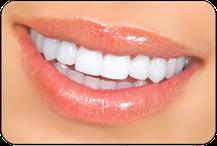 Weiße Zähne mit Bleaching (Zahnaufhellung) (© Kurhan - Fotolia.com)
