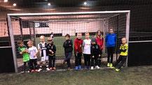 Ein Teil unserer Nachwuchskicker bei der Jahresabschlussfeier in der Soccerworld.