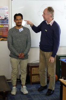TEFL candidates learn what it feels like to learn a new language from zero in our foreign language lesson.
