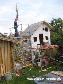 Dachdecken selbst Holzhaus Stelzenhaus Gerüst