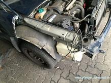 Auto Front Motorhaube Schnauze abschneiden als Gartendeko