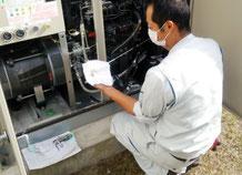スプリンクラー非常用発電機のオイルチェック|消火設備点検【新潟】