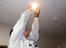 非常照明の点灯試験|避難設備点検【新潟】