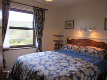 King size beds in all cottages