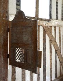 Confessionnal: côté du pénitent