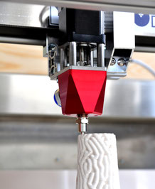 Print head for 3d printing of clay and concrete