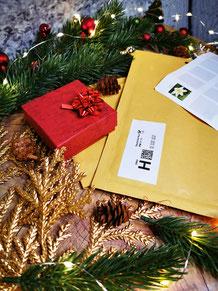 Geschenkbox mit Schmuckset in Weihnachtsdeko