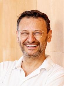 Bild: Dr. Michael Jakob, Zahnarzt Hamburg, Cerec, bester Zahnarzt, Zahnschmerzen