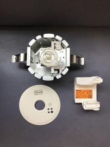 交換に使用する新型のLED非常照明器具