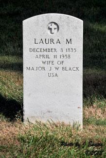 Tombe de Laura - Laura's grave - FindaGrave.com