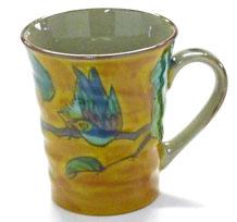 九谷焼通販 おしゃれなマグカップ マグ 濃い塗り花鳥 正面の図