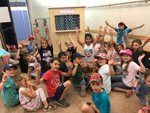 Kinderunterhaltung an Kinderfest
