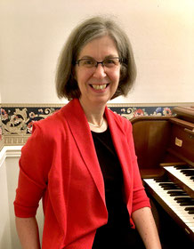 Joann at the Möller pipe organ in her studio.