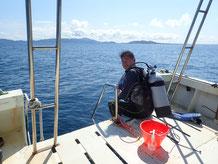 石垣島でのんびりダイビング「浜島、カヤマ島」エントリー