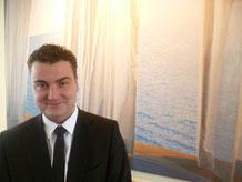 Trauerredner Patrick Wienczek des Bestattungshauses Kritzler