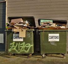 Müllcontainer - Ferienhaus, Einfamilienhaus, Wohnhaus, Eigenheim, Immobilie, Mehrfamilienhaus