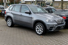 BMW X5 mit Rear-Seat-Entertainment