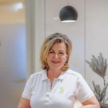 Silvia Saxinger, Reinigungskraft.