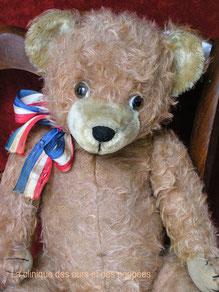 réparation d'un ours, restauration d'un ours, réparation d'une poupée, réparer une poupée, restaurer une poupée, clinique pour poupées, baigneurs, ours et doudous