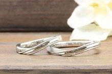 当社のサンプルリングをアレンジした結婚指輪