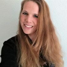 Autorin Serena Avanlea, Mitglied im Autorinnenclub