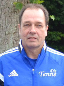 Trainer: Michael Peters