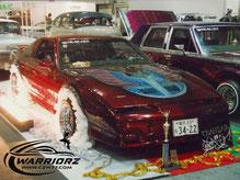 カスタムペイント車、キャンディーフレークレッドでソウルペイントされた1988年トランザムGTA