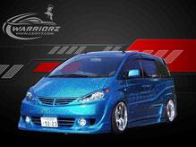 カスタムペイント車、カメレオンブルーフレーク塗装にゴーストでグラフィックス塗装をいれたトヨタエスティマの写真