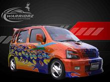 カスタムペイント車、キャンディーフレーク塗装でボディー全面にグラフィックス塗装されたスズキワゴンRの写真
