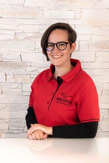 Yasmina Schins - Auszubildende zur Augenoptikerin