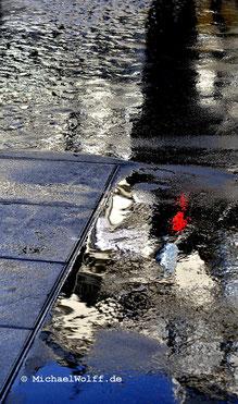 Spiegelung im Regen 2011