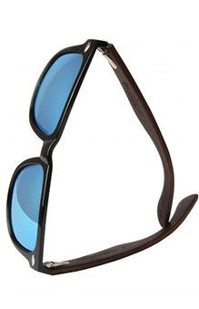 Sonnenbrille mit Vollholz Bügel