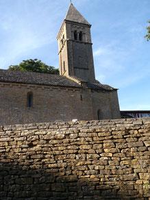 Die kleine romanische Kirche in Taizé